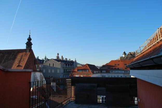 HSG10_Top33_Ansicht_Innenstadt_Terasse-e1393872862162